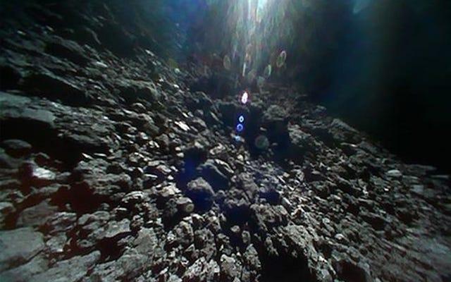 Il Giappone pubblica lo straordinario video della sonda Hayabusa 2 che preleva campioni dall'asteroide Ryugu