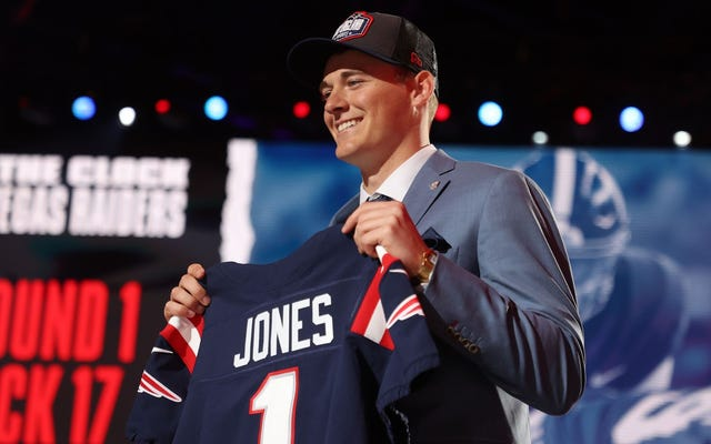 "Mac Jones è l'ultimo ""Patriots QB"""