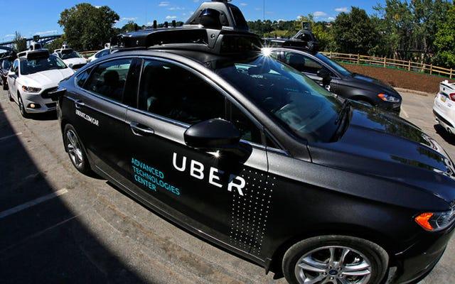 Les chauffeurs Uber dorment tristement dans des parkings juste pour se débrouiller