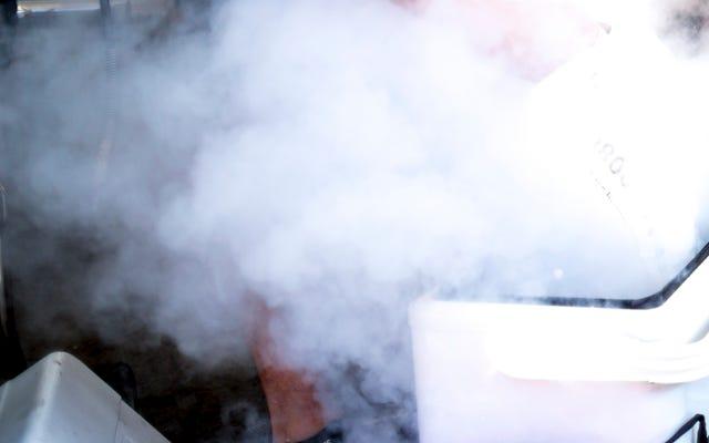 'Tai nạn kinh hoàng' liên quan đến băng khô có thể giết chết người phụ nữ 77 tuổi