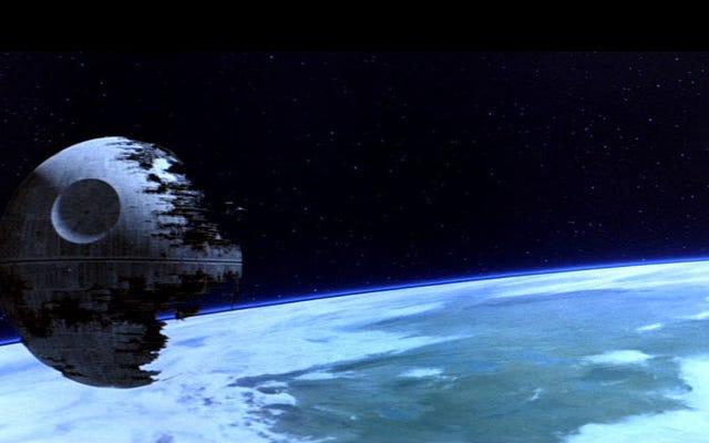 นักเศรษฐศาสตร์: การทำลายล้างของสองดาวมรณะทำให้จักรวรรดิกาแล็กซี่ล้มละลาย