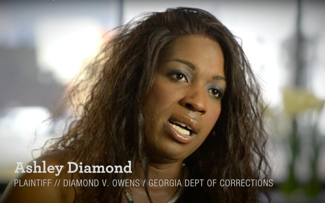 黒人のトランスジェンダーの女性が、虐待から彼女を保護できなかったとしてジョージア州矯正局を訴え、適切な治療を提供する