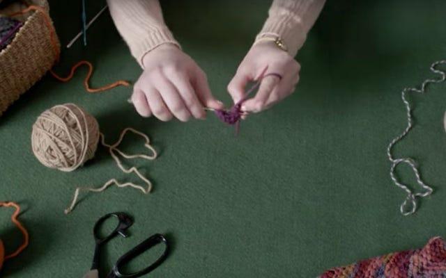 あなたのドイリーを握ってください:この女性は90秒で花をかぎ針編みします