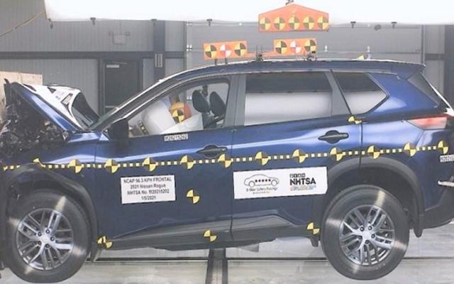 Nissan กล่าวว่ามีการ 'อัปเดต' Rogue ปี 2021 หลังจากคะแนนการทดสอบการชนด้านหน้าของผู้โดยสารสองดาว