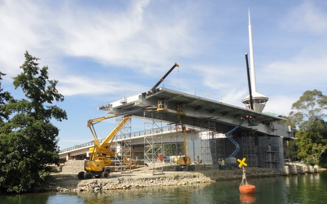 एक स्पेनिश कंपनी ने जो पुल बनाया है, उसके पुनर्निर्माण के लिए चिली $15 मिलियन का भुगतान करेगा