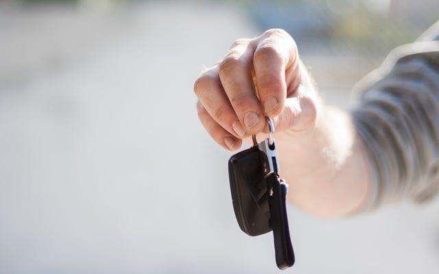 あなたの車のローンを支払うことができませんか?これがあなたがデフォルトしないようにするために何をすべきかです