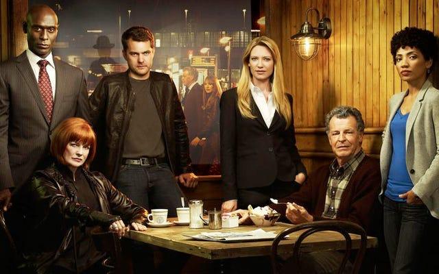 その恒星の第3シーズンでは、フリンジは両方の世界の長所を組み合わせました