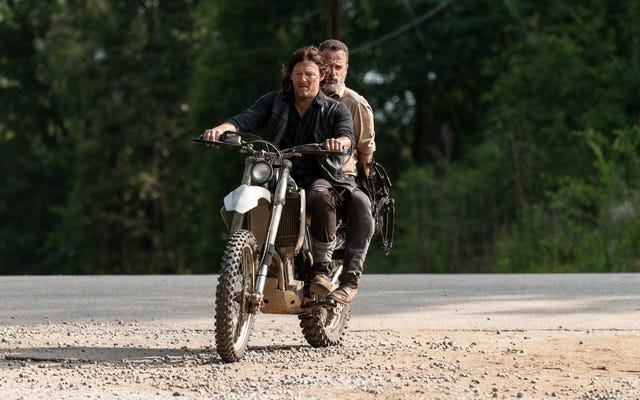 Una decisione in una frazione di secondo si prepara a cambiare The Walking Dead per sempre