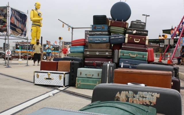 Упакуйте ручную кладь, как если бы авиакомпания потеряла ваш зарегистрированный багаж