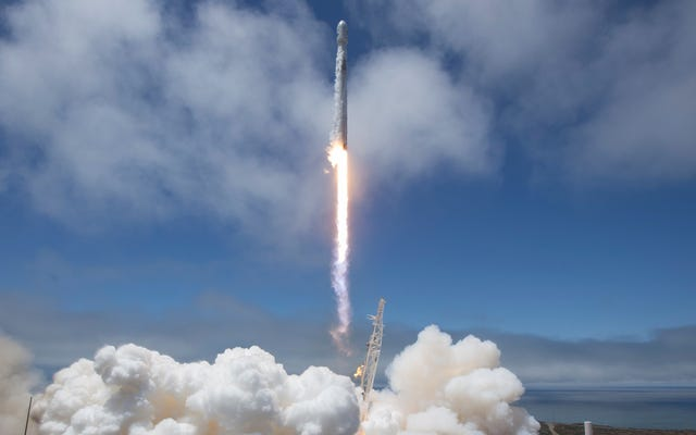 SpaceXロケットの打ち上げを見る方法