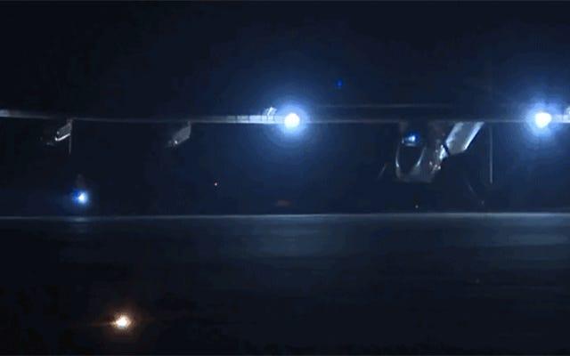 ソーラーインパルスは、マンダレーから中国に向かうために暗闇の中で離陸しました