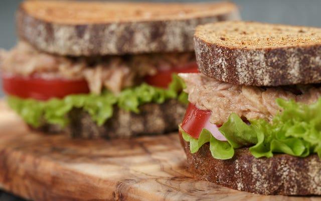 ツナサラダにうま味を加える方法