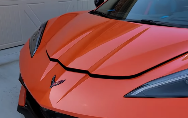 Chevrolet dit avoir résolu ses problèmes de Corvette Frunk
