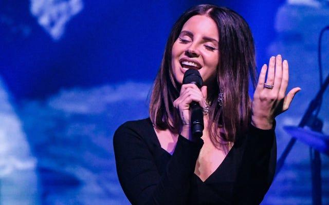 Lana Del Rey sortira un album de mots parlés `` Gritty ''
