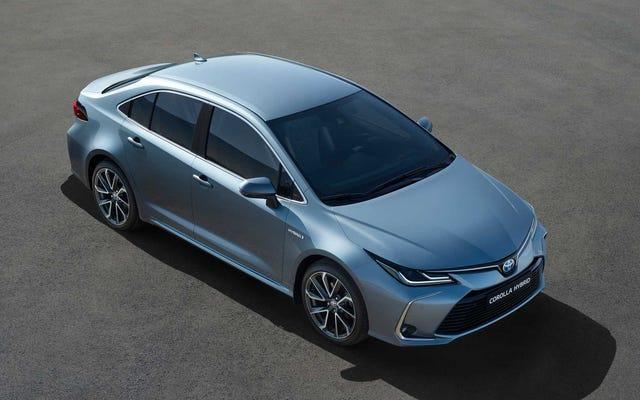 2020トヨタカローラハイブリッドはプリウスのルックスなしでプリウスの燃費を得る