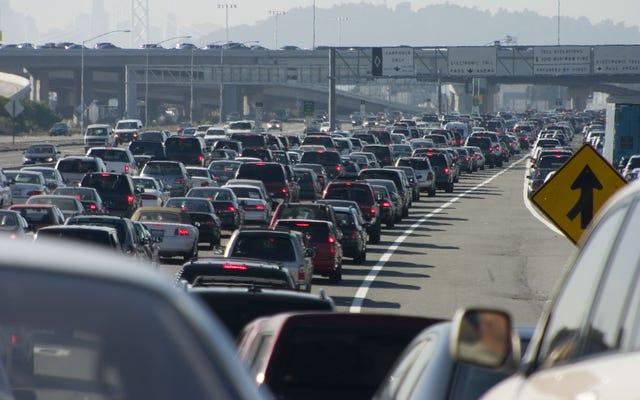 Studi Menemukan Polusi Udara Secara Tidak Proporsional Mempengaruhi Kesehatan Orang Kulit Hitam di Bay Area California