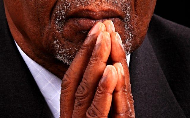 イースターが近づくと、黒人牧師はコロナウイルスの重さに対処します