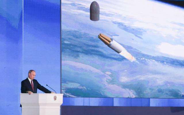 伝えられるところによると、海から原子力ミサイルを回収する任務中にロシアの謎の爆発が起こった