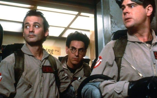 Jason Reitman tiếp tục trêu chọc sự trở lại của các ngôi sao Ghostbusters cổ điển trong lần khởi động lại sắp tới