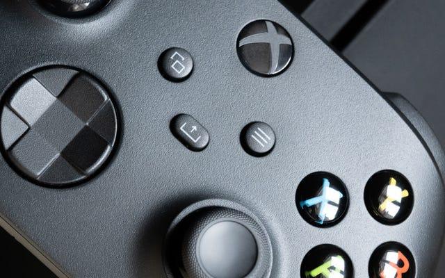 कैसे अपने पीसी या फोन के लिए एक कंसोल से एक Xbox नियंत्रक स्वैप करने के लिए