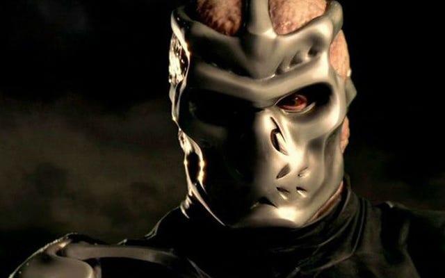 Jason X est tout ce qui rend les films du vendredi 13 géniaux ... juste dans l'espace