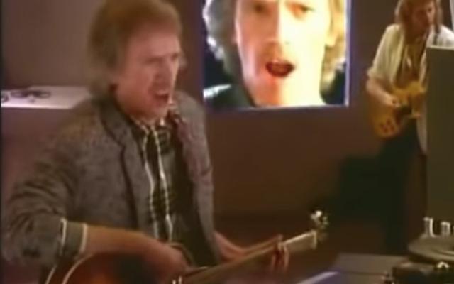 Fêtez l'anniversaire de John Carpenter avec son clip pour la chanson thème Big Trouble In Little China