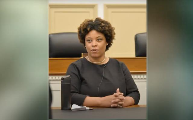 หนึ่งในคณะรัฐมนตรีของ Biden กำลังมองหาถึงวาระ แต่การเปลี่ยนของเธออาจเป็นผู้หญิงผิวดำและฉันก็สบายดี