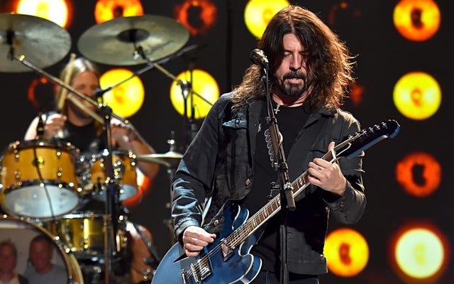 Foo Fighters już przełożyli niektóre terminy na Van Tour 2020