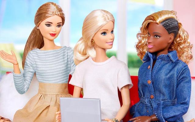 Barbie 'Around the Way', Is That You? Apa Yang Sebenarnya Terjadi Dengan Rambut Barbie Hitam Ini?
