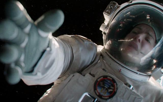 ปุ่ม 'พาฉันกลับบ้าน' ของ Spacesuit นี้สามารถช่วยนักบินอวกาศที่ลอยอยู่ในอวกาศได้