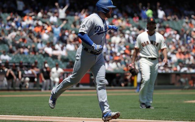 Nhà tổ chức Dodgers có niềm vui với cuộc tấn công dưới nước giữa Max Muncy và Madison Bumgarner