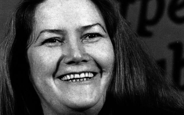 コリーン・マッカラの死亡記事は、彼女を「プレーン」と「太りすぎ」と呼んでリードしています
