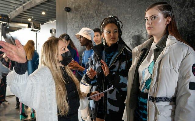 द बिग लूप लंदन फैशन वीक के लिए एक सुना-देखा-देखा डिजाइनर अनुभव बनाता है