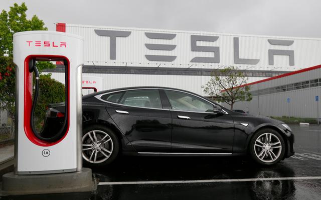 Teslas ne viendra plus avec une suralimentation illimitée gratuite après 2016