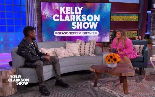 ¿No sería bueno si Kelly Clarkson y Usher comenzaran a salir casualmente?