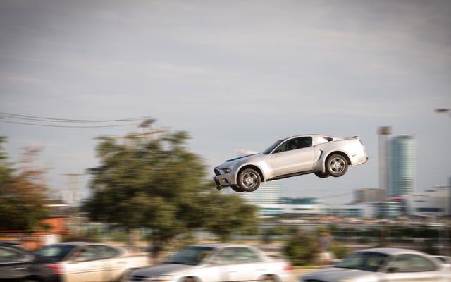 フォード会長:人々は運転にうんざりしているので、私たちは彼らを飛ばさない