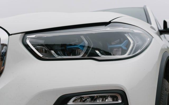 Alerta de tendencia: más autos vienen ahora con detalles de colores en los faros