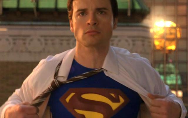 ゴッド・オブ・ウォーのディレクターは、スーパーマンをゲームに適応させる方法について興味深いアイデアを持っています