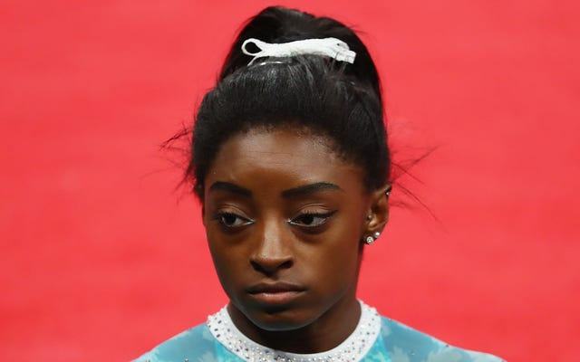 Simone Biles engage le nouveau leader américain de la gymnastique à la tâche pour une position anti-Kaepernick