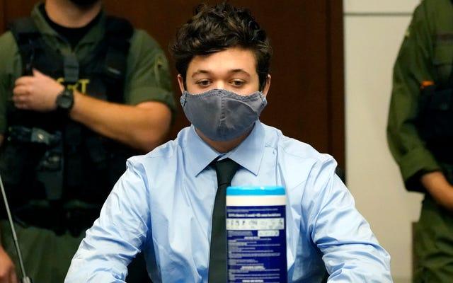 Án lệnh của Tòa án Kenosha Shooter Kyle Rittenhouse được đặt trên trái phiếu 2 triệu đô la