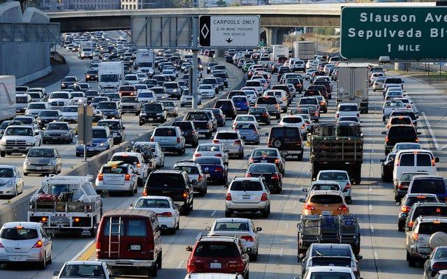कैलिफोर्निया के वायु प्रदूषण को कम करने की नीतियां काम कर रही हैं