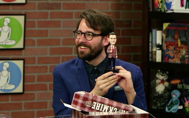 Brockmireから、実際にはTyBurrellに似たハンクアザリアボブルヘッド人形が送られてきました。