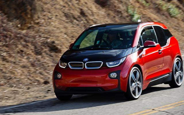क्या BMW i3S एक इलेक्ट्रिक हॉट हैच हो सकती है?