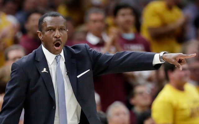 LeBron James właśnie zwolnił trenera roku