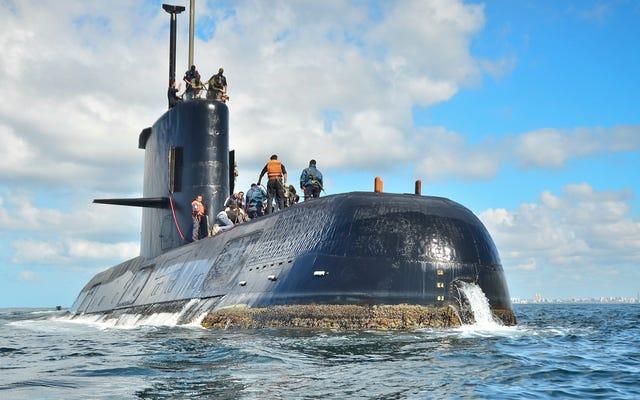空気供給が不足する可能性があるため、失われたアルゼンチンの潜水艦ARA SanJuanが「クリティカルフェーズ」に達する