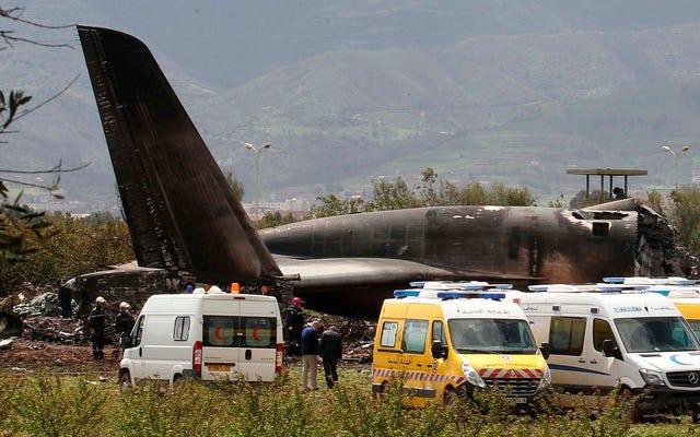 Lo schianto di un aereo militare in Algeria è il più mortale degli ultimi 15 anni