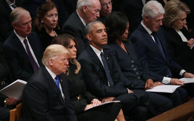 Y'all's Triflin'-お尻の大統領は葬式中にまっすぐに座ることさえできない
