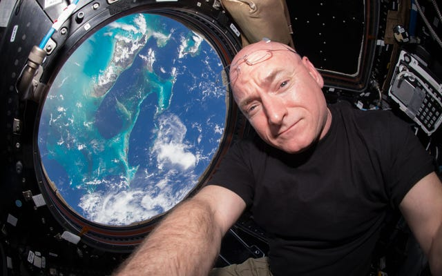 Scott Kelly hat die NASA verlassen, nachdem er den Rekord für die meiste Zeit im Weltraum aufgestellt hat