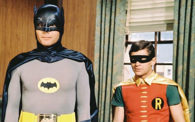 Burt Ward dice che i produttori volevano che prendesse delle pillole per rimpicciolire il suo pene durante le riprese di Batman