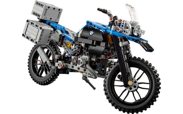 Lego BMW R 1200 GS phức tạp đến kinh ngạc này đã sẵn sàng cho cuộc phiêu lưu